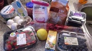 Ingredientes para una tarta de frutos rojos