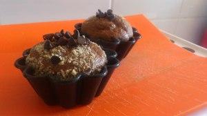 cupcakes de platano con pepitas de chocolate negro