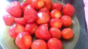 Fresas lavadas y sin el rabo