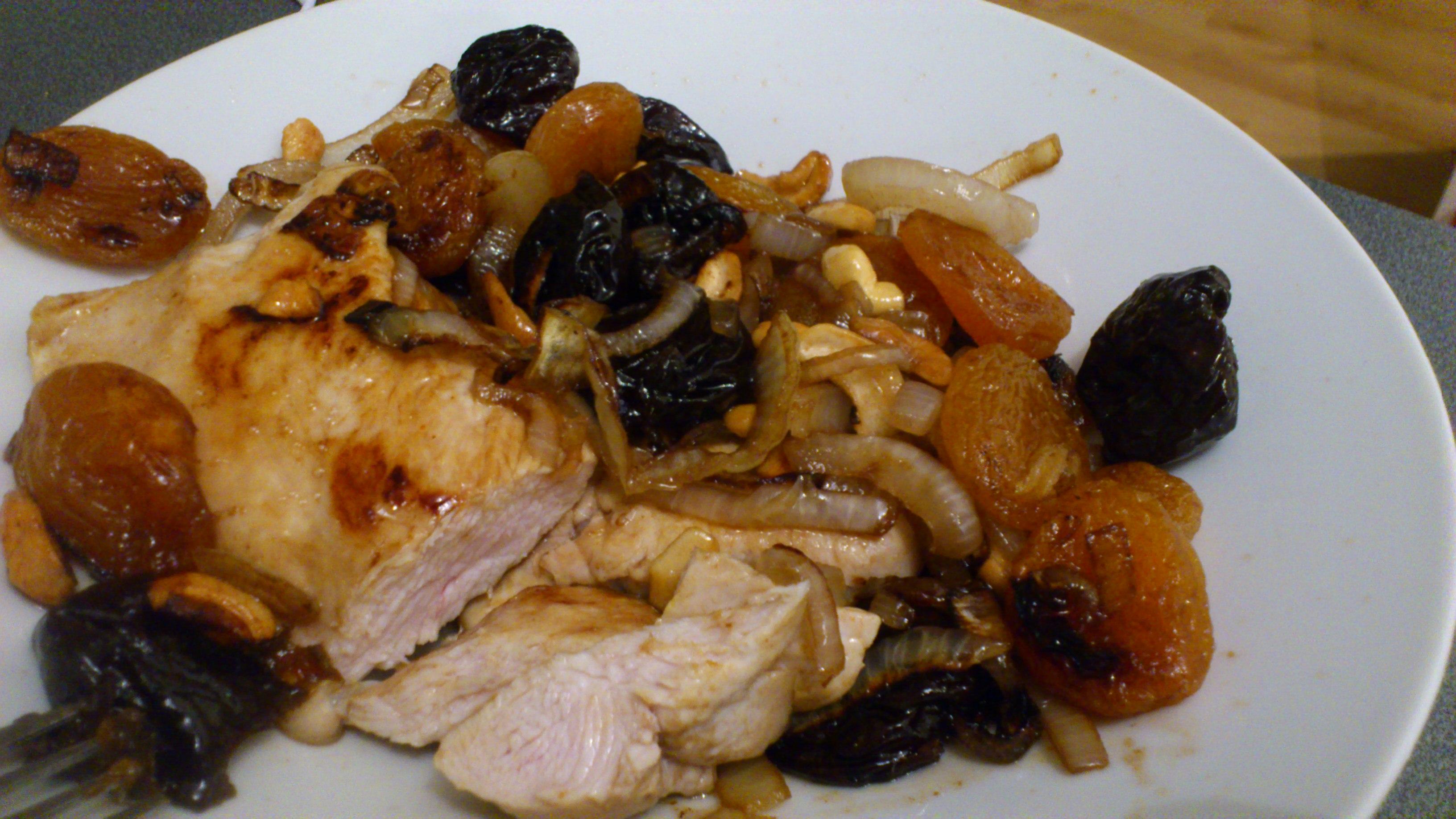 Receta sabrosa pechuga de pollo con ciruelas - Platos con pechuga de pollo ...