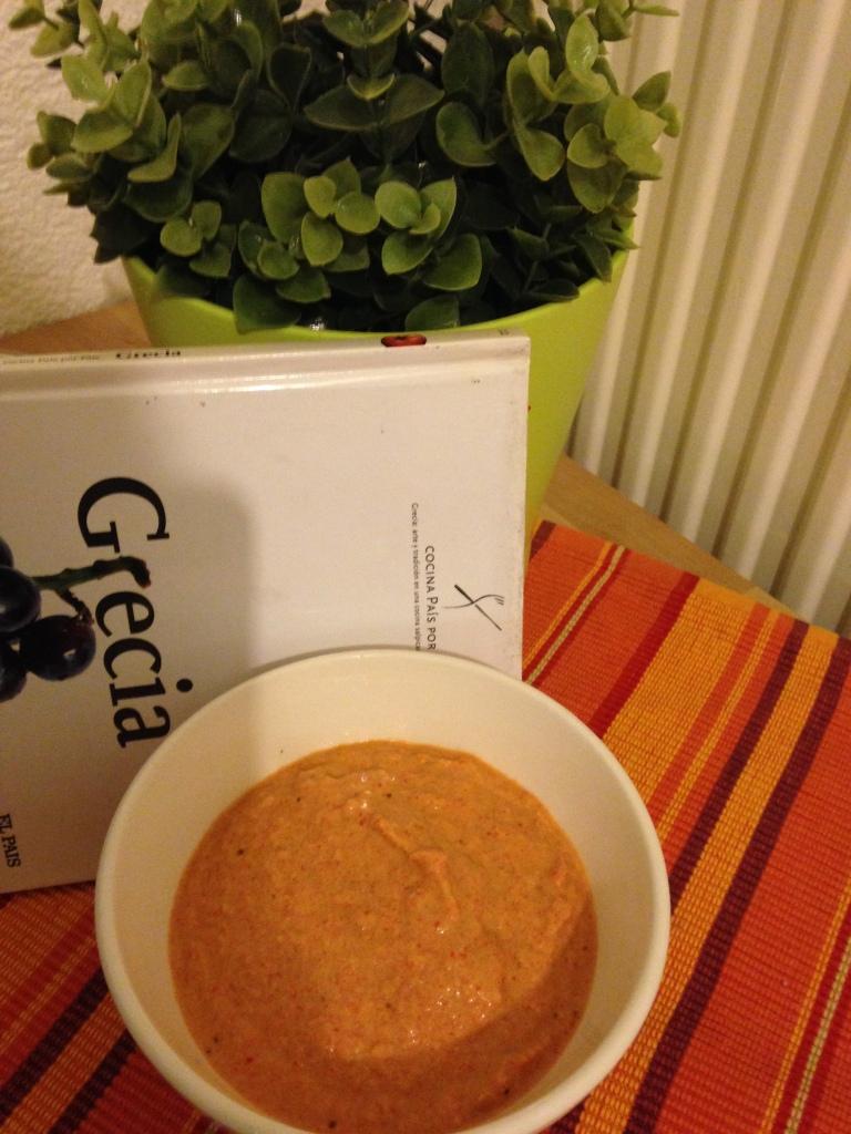 Crema de berenjena, pimientos y yogur. Deliciosa receta griega :b