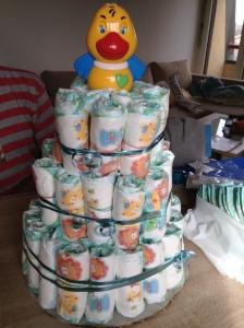 """Añadir al final """"la guinda"""" del pastel que desees :-) nosotros optamos por un patito para la bañera :)"""