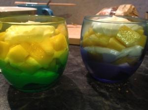 Dos vasitos de tiramisu de mango :-)