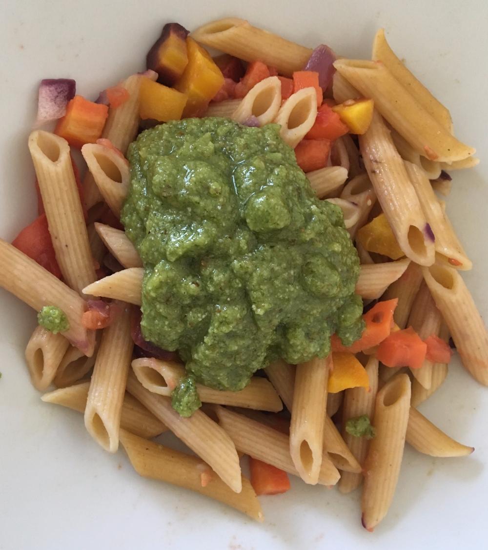 salsa basilico nueces y parmesano